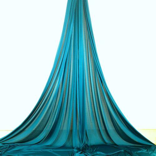aerial silks for performances, tessuti aerei per spettacoli, telas aéreas para espectaculos, tissus aériens pour spectacles